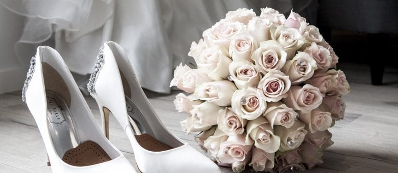 Weddings On A Budget - Tips On How To Save Money When Getting Hitched